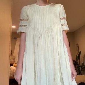 Aritzia Dresses - aritzia dress in cream